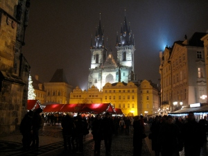 Prague_2009_New_Year_Old_Town_Square